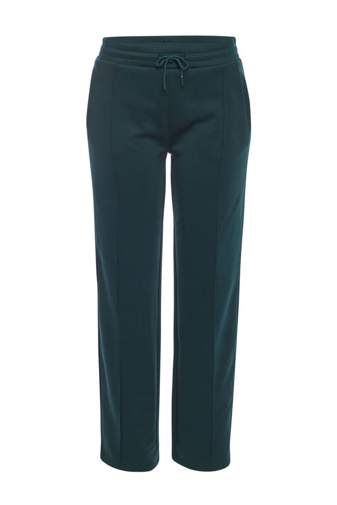 Closed Tapered Pants