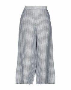 DV Roma TROUSERS 3/4-length trousers Women on YOOX.COM