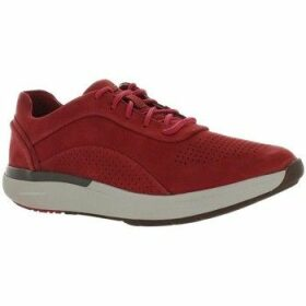 Clarks  UN Cruise  women's Shoes (Trainers) in Red