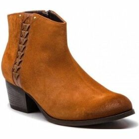 Clarks  Maypearl Fawn  women's Low Ankle Boots in Brown