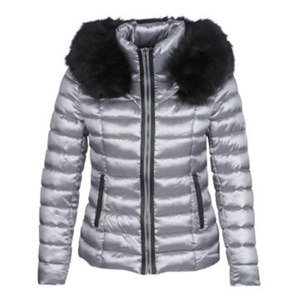 Molly Bracken  FARIN  women's Jacket in Grey