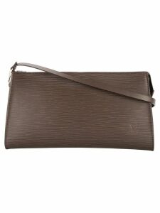Louis Vuitton pre-owned textured pochette bag - Brown