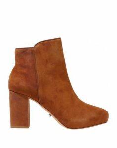SCHUTZ FOOTWEAR Ankle boots Women on YOOX.COM