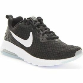 Nike  Wmns Air Max Motion LW  women's Running Trainers in Black