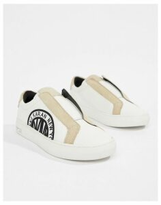 DKNY Callie slip on trainer with suede details-White