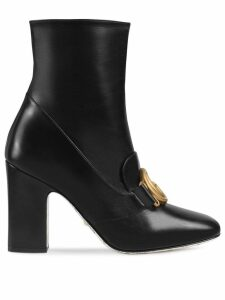 Gucci Leather ankle boot with Double G - Black