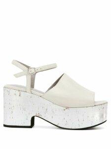 Strategia metallic platform sandals - White