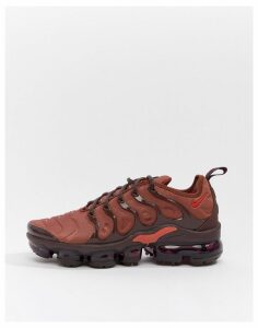 Nike Burgundy Air Vapormax Plus Trainers-Red