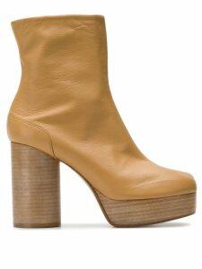Maison Margiela tabi toe platform boots - Neutrals
