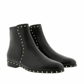 Valentino Boots & Booties - Rockstud Low Ankle Boots Leather Black - black - Boots & Booties for ladies
