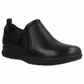 Clarks  UN ADORN ZIP  women's Loafers / Casual Shoes in Black