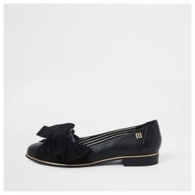 River Island Womens Black round bow front shoes