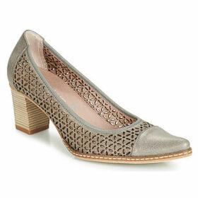 Dorking  7841  women's Court Shoes in Grey
