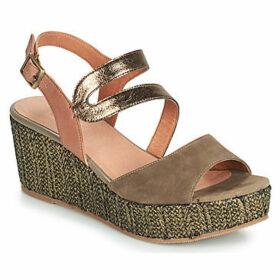 Mam'Zelle  POMELA  women's Sandals in Kaki
