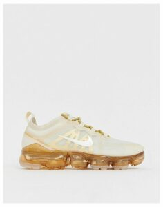 Nike Running Vapormax 19 Trainers In White And Gold