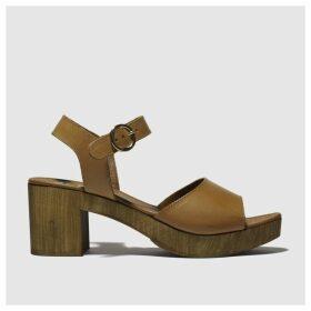 Schuh Tan Maine Low Heels