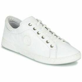 Pataugas  JAYO  women's Shoes (Trainers) in White