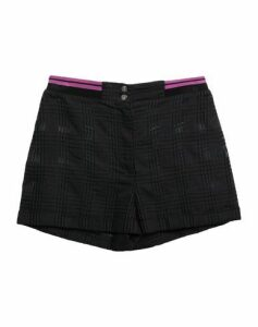 LA PERLA TROUSERS Shorts Women on YOOX.COM
