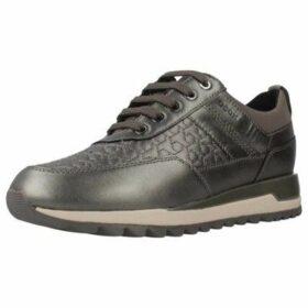 Geox  D TABELYA B  women's Shoes (Trainers) in Grey