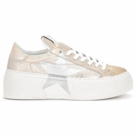 Nira Rubens  Mimosa platinum leather sneaker with silver star  women's Shoes (Trainers) in Gold