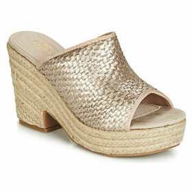 Cassis Côte d'Azur  JOLINE  women's Mules / Casual Shoes in Gold