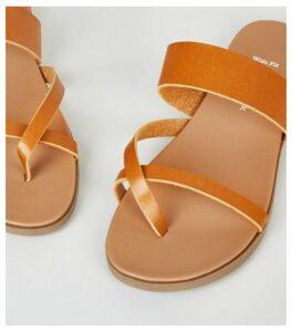 Wide Fit Tan Toe Loop Footbed Sandals New Look