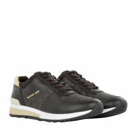 Michael Kors Sneakers - Allie Wrap Trainer Brown - brown - Sneakers for ladies