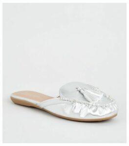 Wide Fit Silver Leather-Look Tassel Mule Loafers New Look