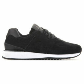 New Balance  WL745BK  women's Shoes (Trainers) in Black