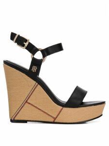 Tommy Hilfiger woven wedge sandals - Black