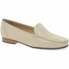 Maria Lya  Toscana Womens Classic Leather Slip On Moccasins  women's Loafers / Casual Shoes in Beige