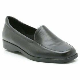 Clarks  Georgia Womens Wide Casual Shoes  women's Loafers / Casual Shoes in Black