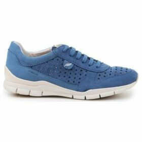 Geox  D Sukie A  women's Shoes (Trainers) in Blue