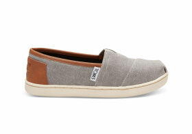 TOMS Frost Grey Chambray Youth Classics Slip-On Shoes - Size UK3