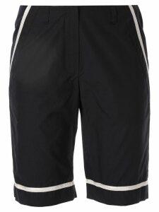 Chanel Pre-Owned contrast-trim bermuda shorts - Blue