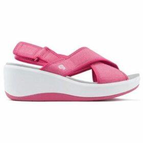 Clarks  Sandals  STEP COVE  women's Sandals in multicolour
