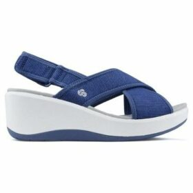 Clarks  Sandals  STEP COVE  women's Sandals in Blue