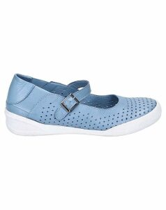 Hush Puppies Bailey Buckle Summer Shoe
