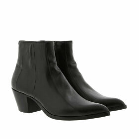 Saint Laurent Boots & Booties - Finn Boots Leather Black - black - Boots & Booties for ladies