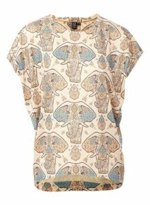 Womens *Izabel London Beige Elephant Print T-Shirt- Multi, Multi