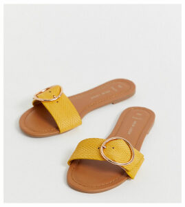 New Look wide fit ring detail sandal in dark yellow