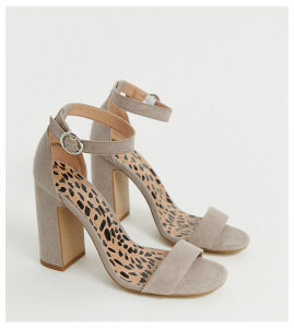 New Look block heel sandal in stone
