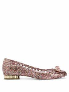 Salvatore Ferragamo glitter ballerina shoes - Gold