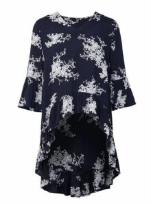 Womens *Izabel London Navy Floral Print Ruffle High Low Blouse, Navy