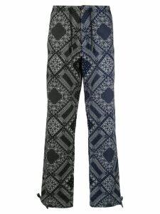 Ports V two-tone bandana print trousers - Black