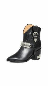 Tory Burch Blythe Gladiator Sandals