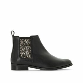 Chelsea Boots with Studded Elastic