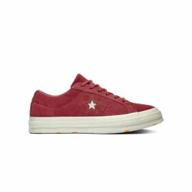 One Star Suede Low Top Trainers