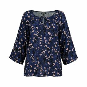 Floral Print Round Neck Blouse with 3/4 Length Sleeves