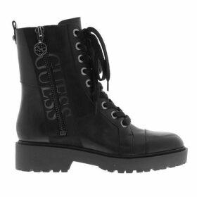 Guess Wala Boots